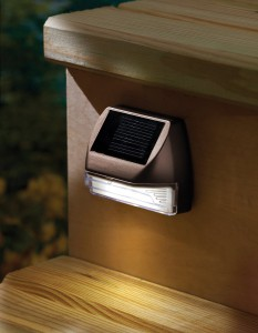 Solar-Step-Lights-For-Decks