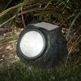 solar-rock-light